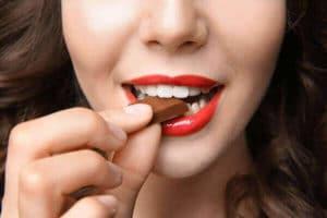 mindful eating chocolate